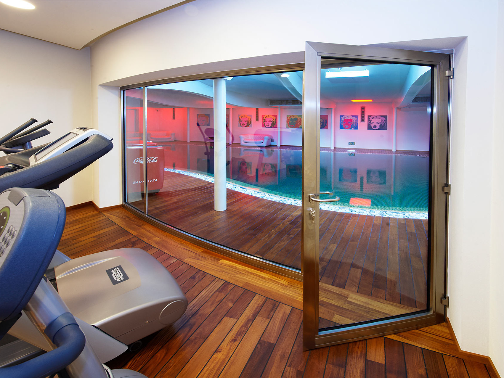 Thermally Broken Stainless steel Door and fenestration in the gym of the villa