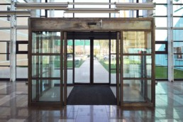 GLAZED CURTAIN WALL ENTRANCE